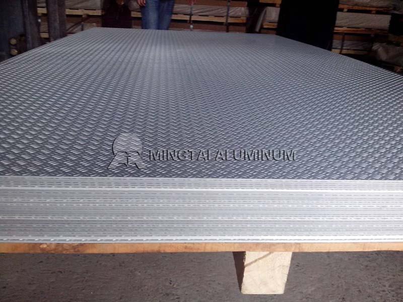 Embossed Aluminium Plate