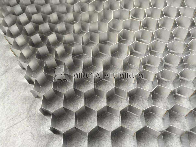 Honeycomb foil