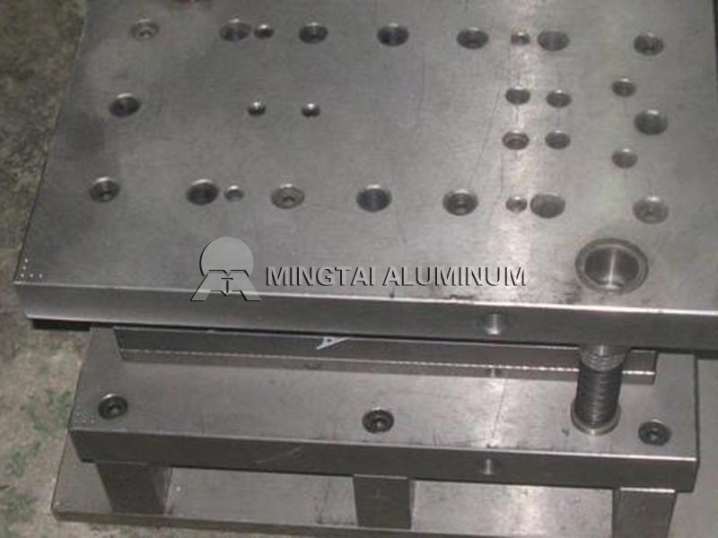 Mold aluminum (2)