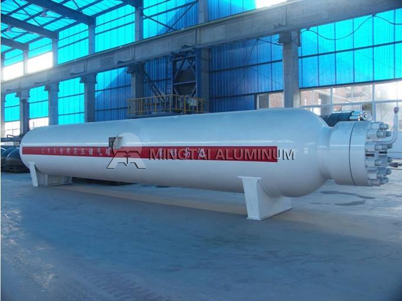 LNG storage tank (2)