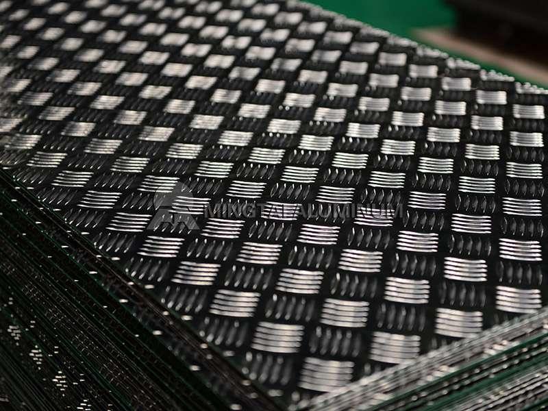 1060 Aluminum Tread Plate (4)