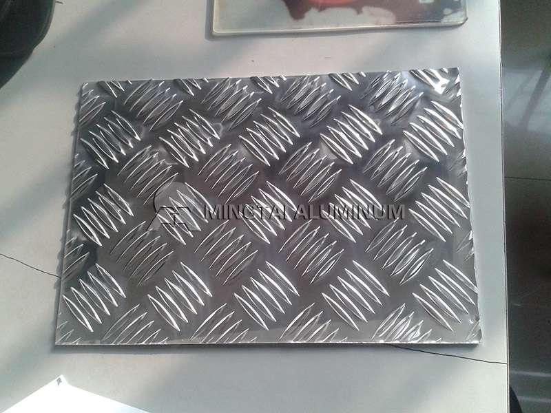 diamond tread plate aluminum sheets